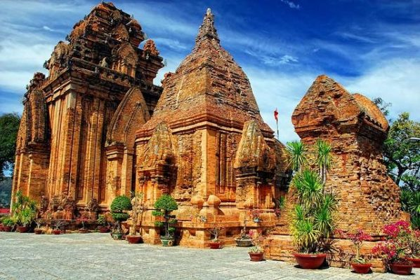 Chi phí du lịch Nha Trang tự túc